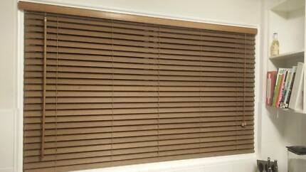 Wooden horizontal blinds
