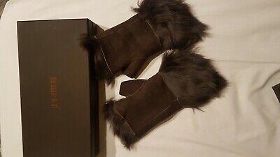 Karl Donoghue reversible fingerless toscana shearling gloves/cuffs BNIB darkgrey