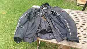 Motor cycle wet weather gear Seaford Frankston Area Preview