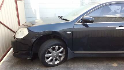 Nissan Maxima 2004 halfcut