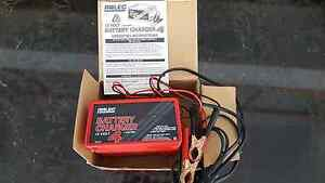 ARLEC Battery Charger 12 Volts 4Amps Grange Charles Sturt Area Preview