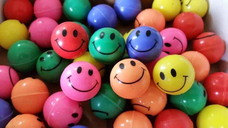 144 - New Smile Face High Bounce Balls - Super Color - 27mm  Party Vending Happy