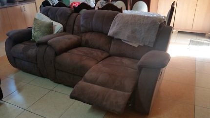 Lounge and recliner (moving house )