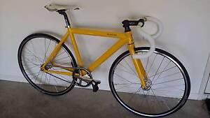 600c Track Bicycle Molendinar Gold Coast City Preview