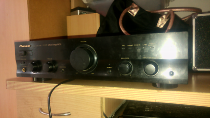 Pioneer A-109 stereo amplifier