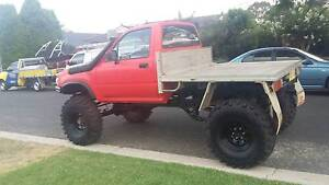 Hilux 4x4 comp truck tuff truck daily driver swap 80 series Camden Camden Area Preview