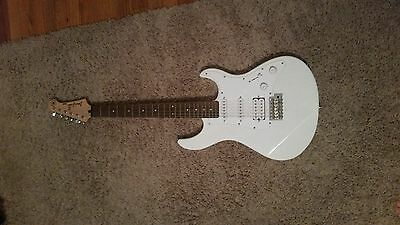 Yamaha Pacifica PAC012 Electric Guitar on Rummage