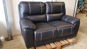 Chic Two (2) Seater Electric Recliner Sofa Lounge - Nearly Perfe Yarrawonga Palmerston Area Preview