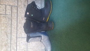 Baffin technology boots to -40oC. Size 7 men's or size 8 ladies