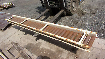 Hytrol Gravity Conveyor 8 L X 13.25 W Roller Size 9-12 L X 2 38 D