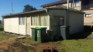 One bedroom cottage to be relocated - free if you take it away!! Carey Bay Lake Macquarie Area Preview