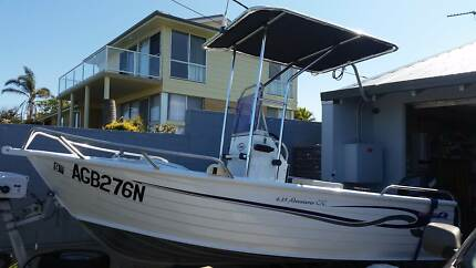 Brooker 4.35m Center Console Fishing Boat Sapphire Beach Coffs Harbour City Preview