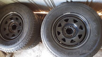 Toyota hilux wheels tyres