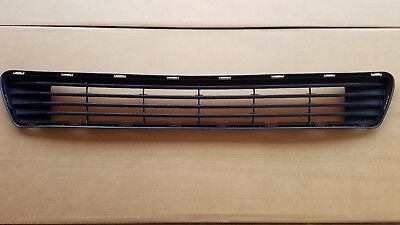 fits 2012-2014 TOYOTA CAMRY L LE XLE Front Bumper Grille Lower Center NEW ()