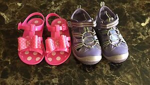 Girl's sandals size 8