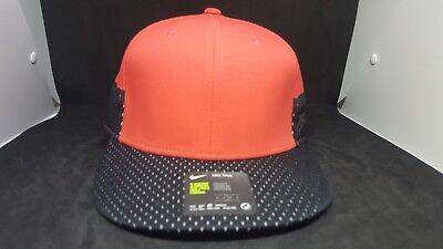 NIKE SportsWear True SnapBack Classic Hat Cap 850544- 602 Adjustable