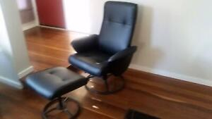 Reclining office chair with ottoman (*Brand-new*)