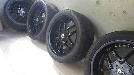 Almost new 4 x Rota G-Force 5 stud Mags and new low profile Tyres
