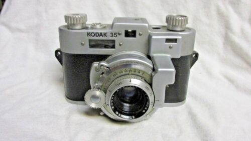 VINTAGE 1950s KODAK 35 RANGEFINDER CAMERA FOR DISPLAY