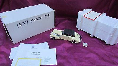 Franklin Mint 1937 Cord 812 phaeton coupe 1/24 scale MIB with coa + label