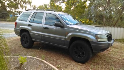Jeep Cherokee Laredo 4X4