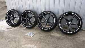 20 inch advinty rims and tyers nearly new for sale Pacific Pines Gold Coast City Preview