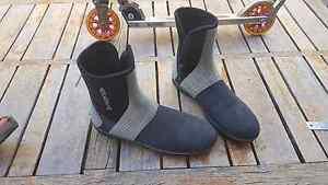 Adrenalin size 12 wetsuit reefwalker boots Cloverdale Belmont Area Preview