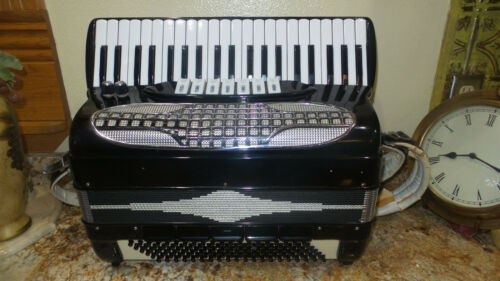Nice Quality Imperial Accordion, W/Musette, Plays & Sounds Great