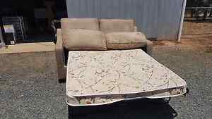 2 seater sofa bed Echuca Campaspe Area Preview