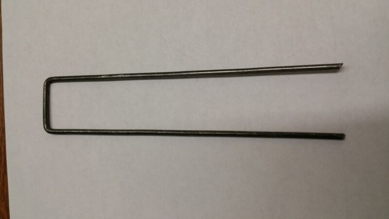 """100 pcs Sod Staples  Landscape Fabric Drip Tubing 6""""x1"""" 11 Gauge same day expres"""