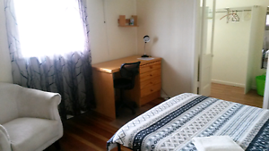 Two rooms available in sharehouse Maroochydore Maroochydore Area Preview