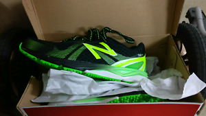 Brand new New Balance 790 Men's Running Shoes (US size 9.5)