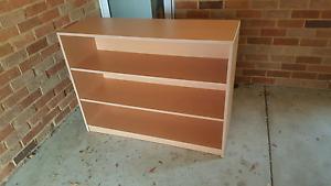 Book case / Shelf Beeliar Cockburn Area Preview