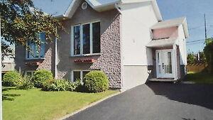 AUBAINE JUMELÉ CHICOUTIMI 164900$ Saguenay Saguenay-Lac-Saint-Jean image 1