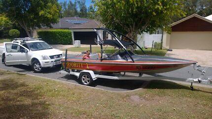 Lewis Fireball Ski Boat Browns Plains Logan Area Preview