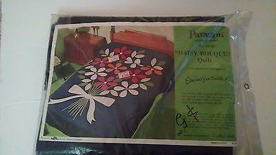Vintage Paragon Needlecraft Kit Daisy Bouquet Applique Quilt - #01183 Sealed New