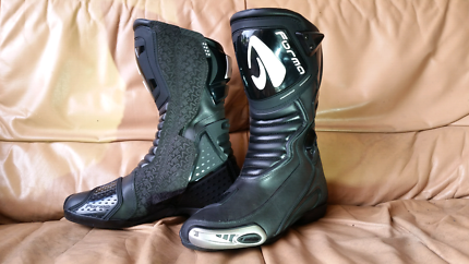 Fox 'Forma Pro' Motorcycle boots | Motorcycle & Scooter ...