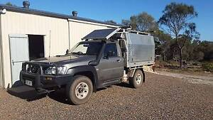 2009 Nissan Patrol ST 3L tray top ute with slide-on camper box Coffin Bay Lower Eyre Peninsula Preview