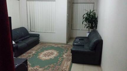Separate room in 3 BR Townhouse for Muslim couple - $225pw Parramatta Parramatta Area Preview