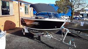485 Runabout Brooker Now Available - Special Package Fyshwick South Canberra Preview