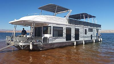 65 FOOT HOUSEBOAT!!!! NO RESERVE!! Share Ownership on Lake Powell Don't Miss out
