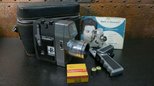 Vintage Bell & Howell Optronic Eye Camera Model 418 with Instructions Case Film