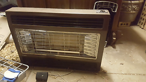 Rinnai 2001 gas heater with flute Nailsworth Prospect Area Preview