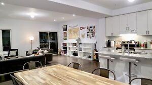4 bedrooms 4.5 bathrooms +2 parking (Unionville Markham)