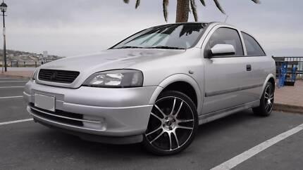 2001 Holden Astra Hatchback 3 Door Silver Aberfoyle Park Morphett Vale Area Preview