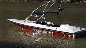 Sherpero craft speed boat Tocumwal Berrigan Area Preview