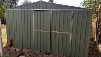 Large shed great condition