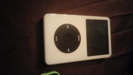 Apple gen 5 classic 30 gig