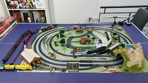 OO and HO Combined DC Train Set - Hornby Trackside Accessories