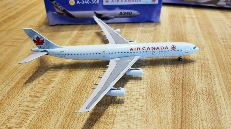 Aeroclassics Air Canada A340-313 1:400 ACCFYKZ 2004 Frozen Leaf Colors C-FYKZ